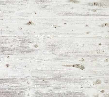 Régi fából készült hajón fehérre festett