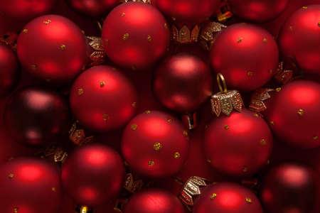 fondo rojo: Red adornos navideños