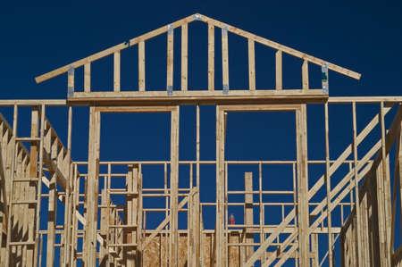 roof framing: House frame.
