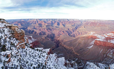 plateau point: View of Grand Canyon in winter, with snow, from Mather Point.