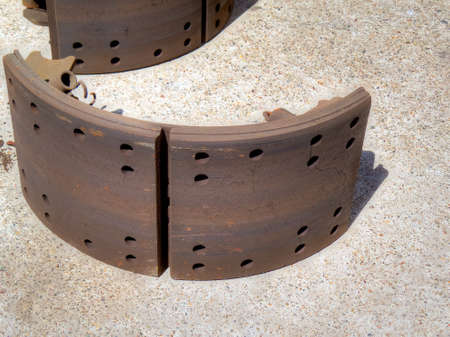Truck brake pad, with crack