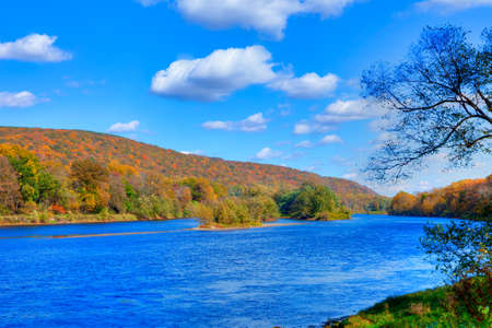 newfound gap: Delaware Water Gap in Autumn with colorful foliage with forest and mountain over river. Stock Photo