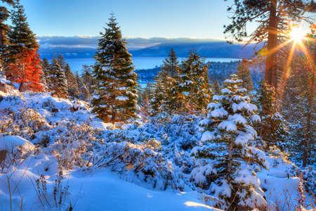 Sunrises over Lake Tahoe in California. Фото со стока