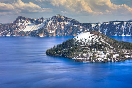 deepest: Wizard Island in Crater Lake, deepest lake in USA. Stock Photo