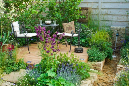 gardening: Garden patio