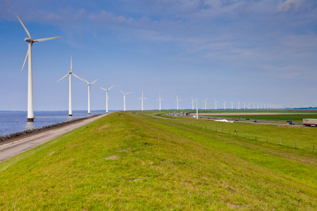 wind mills: Wind mills alternative energy