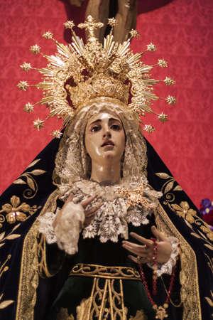 virgen maria: Imagen de la Virgen Mar�a en Madrid Foto de archivo