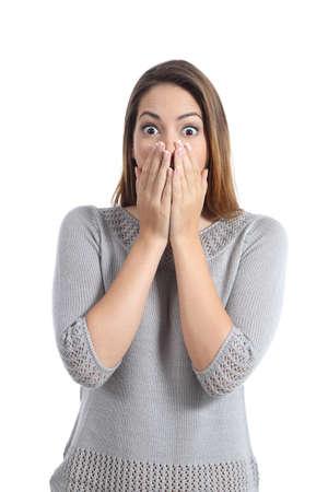 흰색 배경에 고립 된 넓은 열린 눈 깜짝 된 여자 식
