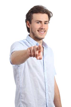 Jonge zakenman wijzend op u op camera geïsoleerd op een witte achtergrond