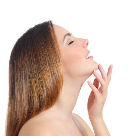 nariz: Perfil de una manicura piel belleza de la mujer cara y la mano aislado en un fondo blanco