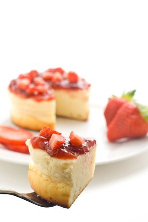 cheesecake with fresh strawberries and blackberry jam isolated over white Stock Photo - 4209011
