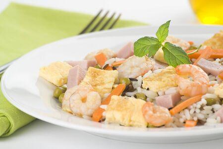 Plate of shrimp fried rice peas ham omelette isolated Stock Photo - 5572599