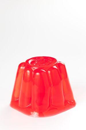 gelatina: gelatina de friuit de dulce y saludable aislada sobre blanco