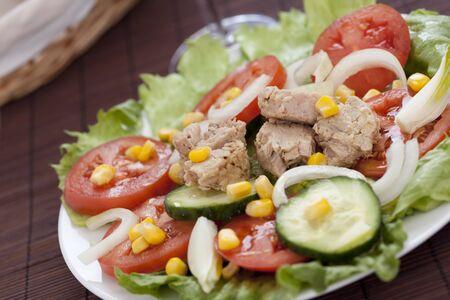 cucumber slice: tasty tuna salad lettuce tomato cucumber onion