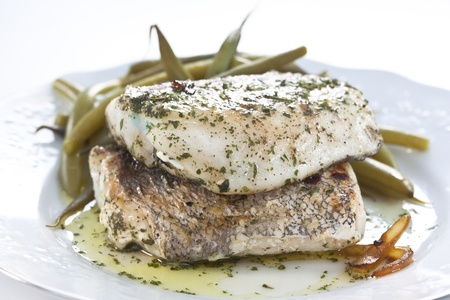 hake: tasty hake fillet with green beans