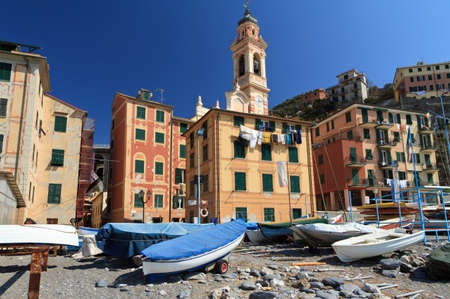the ancient village of Sori from the beach, Liguria, Italy Stock Photo - 13190835