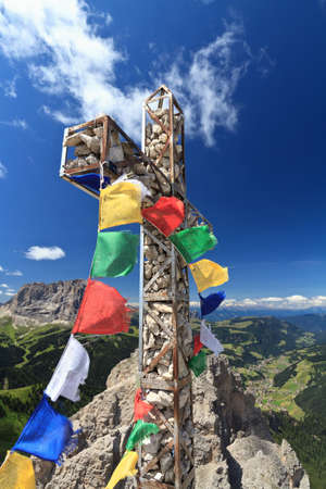 iron cross: cross with flags on Cir mount, Italian Dolomites