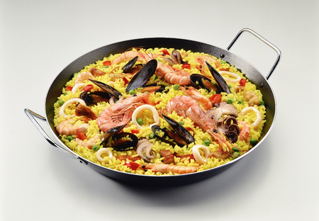 Classic Seafood Paella with Saffron in a Pan Banco de Imagens