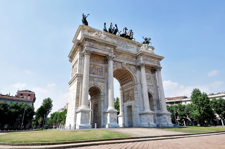 restored: Milan, Piazza Sempione - Arch of peace Restored