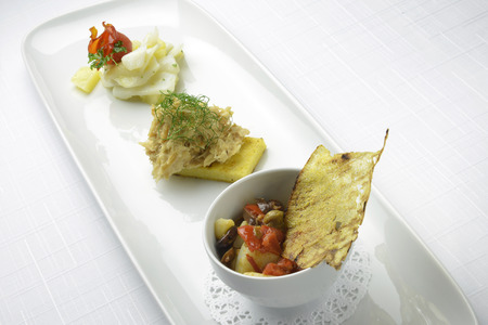 dish fish: El plato de pescado bacalao y pescado seco surtidos Foto de archivo