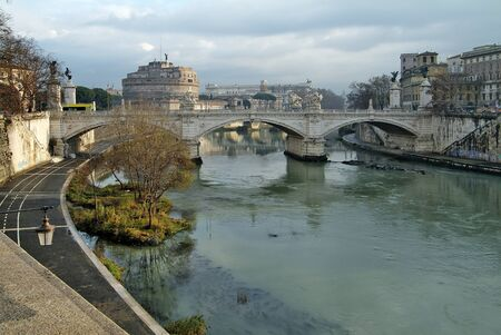 tevere: Rome view of Vittorio Emanuele ll Bridge on Tevere River Stock Photo