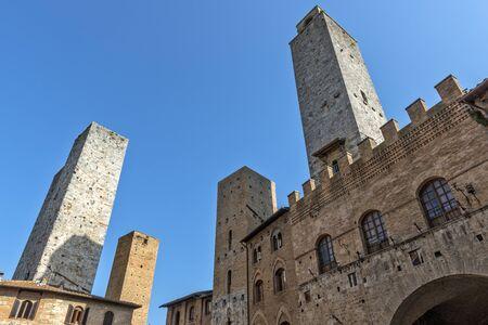 San Gimignano Siena Tuscany Perspective view of Old palace Stockfoto