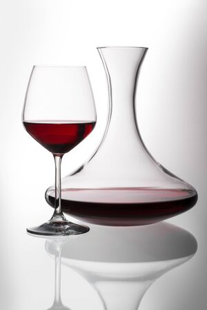 Decanter and glass with red wine isolated with clipping path Zdjęcie Seryjne