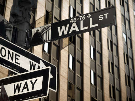 wall street: A Wall Street sign in Manhattan New York.