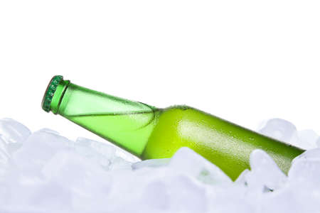 burried: A bottle of beer burried on ice.