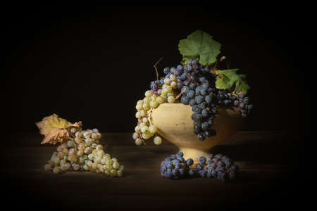 Grape image with wooden background, for posting and backgrounds.