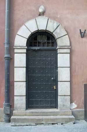 An image of an old door photo