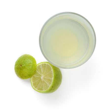 tomando agua: limonada
