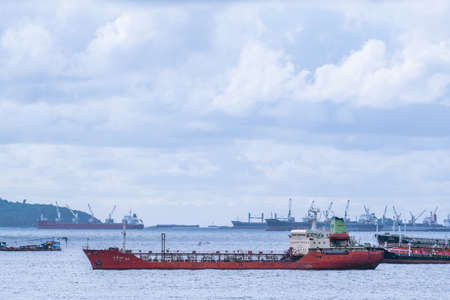CHONBURI, THAILAND - SEPTEMBER 16, 2017: Containers Shipping on Laem Chabang Port, The biggest and busiest port of Thailand. Publikacyjne