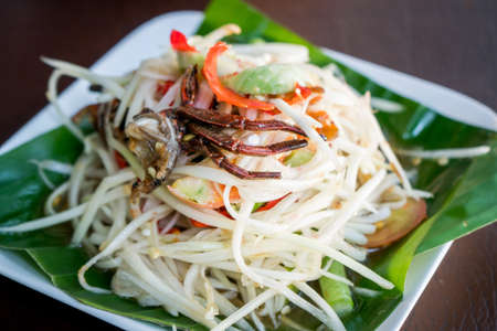 papaya salad, som tum
