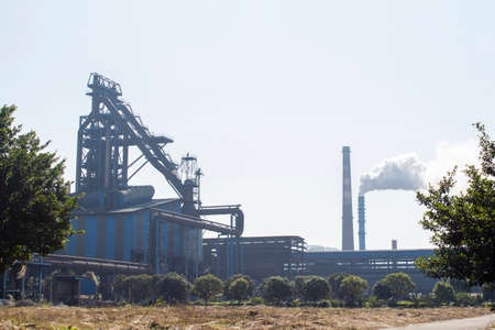 Iron and steel plant and exhaust emission