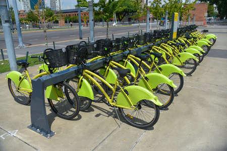 ブエノスアイレス, アルゼンチン - 2017 年 2 月 16 日: Ecobici レンタル自転車の市内の駐車場。