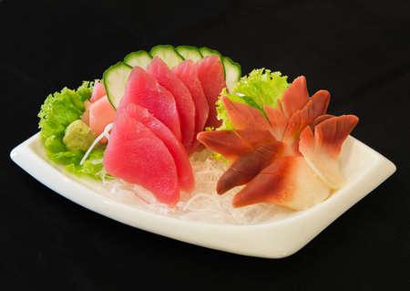 pinion: Tuna sashimi and Clam pinion