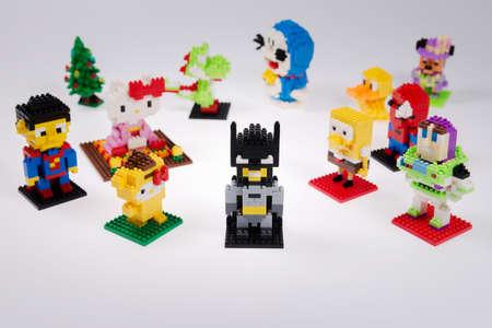spiderman: toys puzzle  kitty, dinosaur, minnie, doodle, duck,