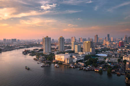 chao phraya river daylight 免版税图像 - 40696195