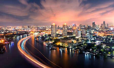 chao Phraya river at night bangkok city 免版税图像 - 40696296