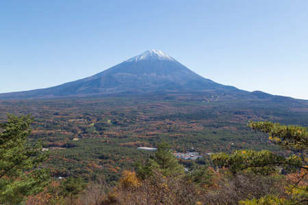 saiko: This photo was shot from the area around Mt.Fuji in Autumn. It is time to start snow cap on the top of Mt.Fuji. There are 5 lake around Mt.Fuji. This is shot from Mt.Koyodai.