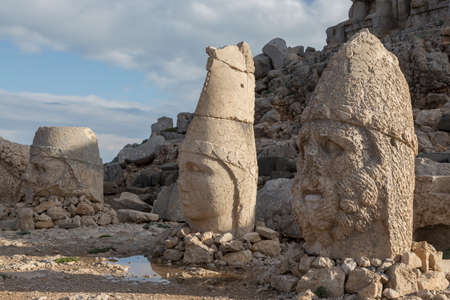 hill of the king: Nemrut is the high mountain in southeastern Turkey. There are a large statues on the top of the mountain.