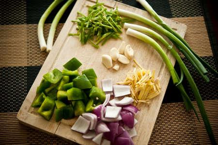 まな板: Chopping board with Vegetables
