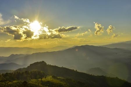 Sunset at Doi Chang Mub , Mae Fa Luang ,Chiang Rai , Thailand. Banco de Imagens