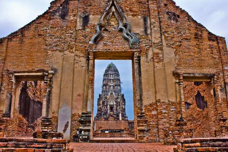 Wat Ratchaburana in Ayutthaya, Thailand photo