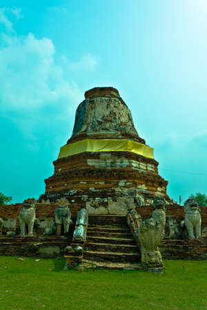 Leo chedi at Wat Tummickarat in Ayutthaya , Thailand photo