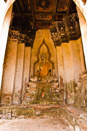 ayuttaya: Buddha image at Wat Chaiwatthanaram in Ayutthaya , Thailand