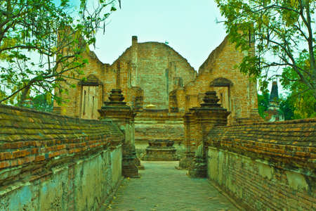 Temple of Wat Maheyyong in Ayutthaya , Thailand photo
