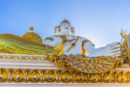 creador: Brahma es el creador del mundo