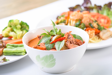 Kaeng Pled Ped Yang (Roasted Duck in Red Curry), Popular Thai food